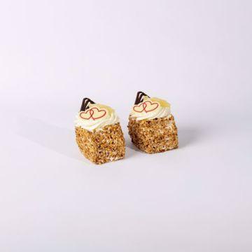 Afbeeldingen van Eenpersoons Moederdag slagroom gebakje